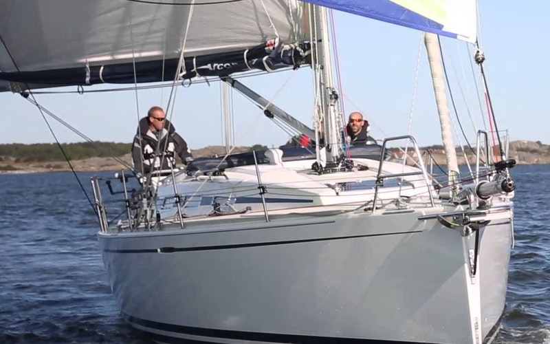 Santa Cruz Boat Rental - Catalina 36
