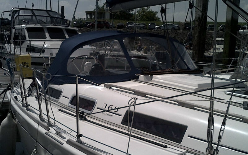 Yerseke Boat Rental - Dufour 365 Grand Large