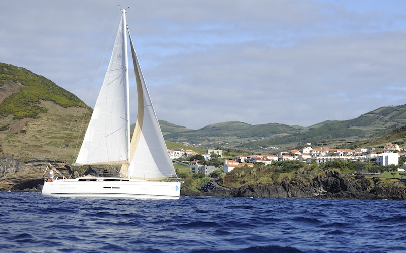 Açores Boat Rental - Dufour Dufour 375 Grand Large