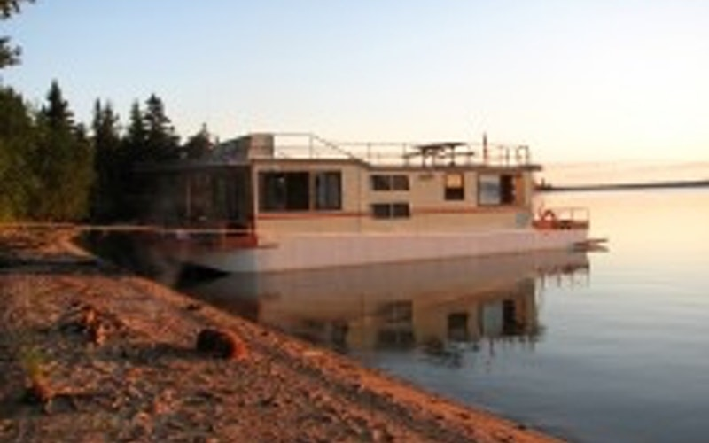 Rainy River District Boat Rental - Grandeur Custom