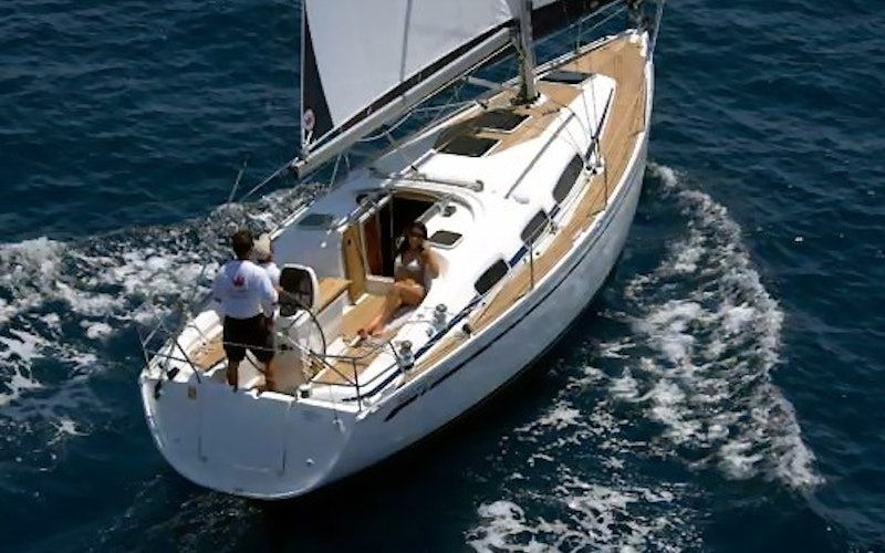 Corfu Boat Rental - Bavaria 30 Cruiser