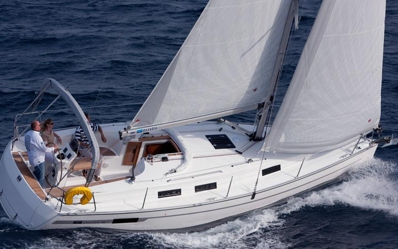 Portisco Boat Rental - Bavaria 32