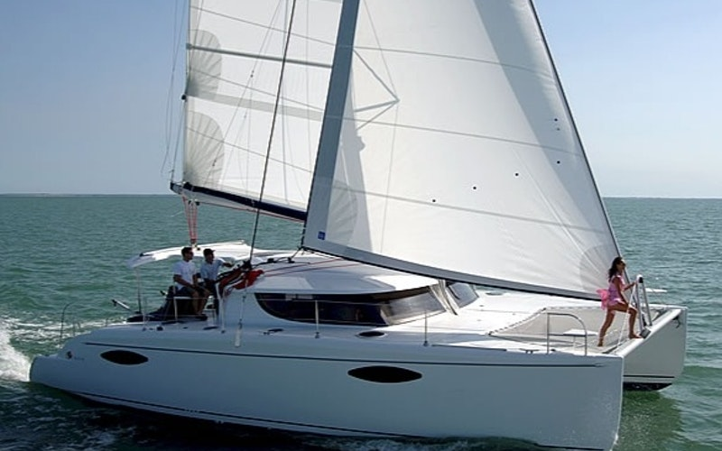 Freshwater Pond Boat Rental - Fountaine Pajot Orana 44