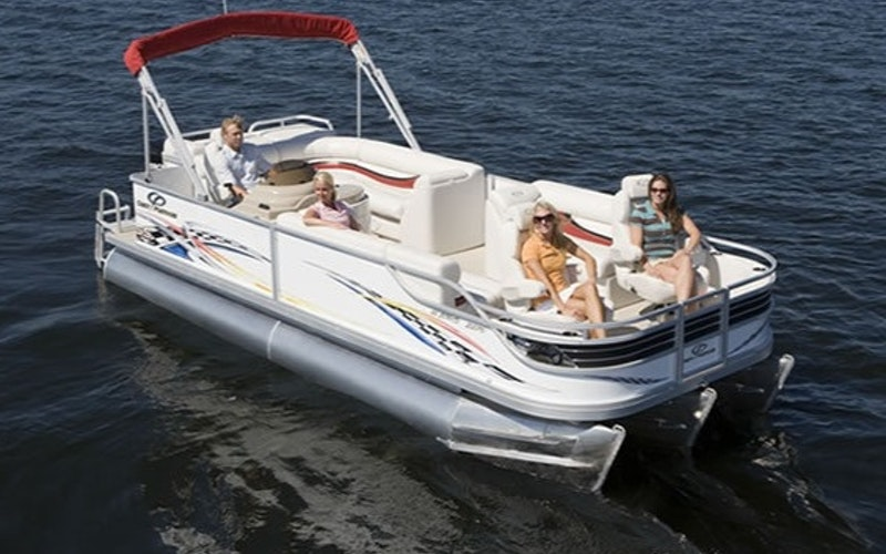 Kentwood Boat Rental - Crest Pontoon Boats family fisherman 22