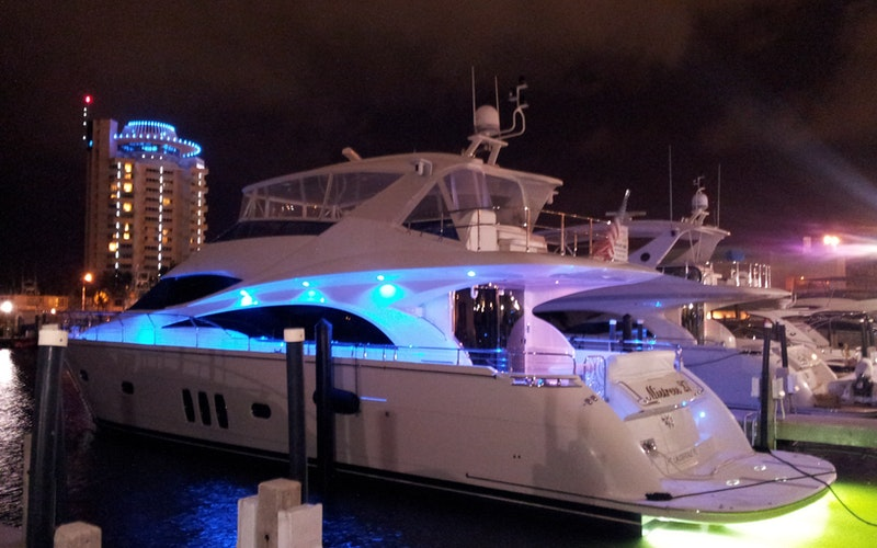 Fort Lauderdale Boat Charter - Mistress 27th