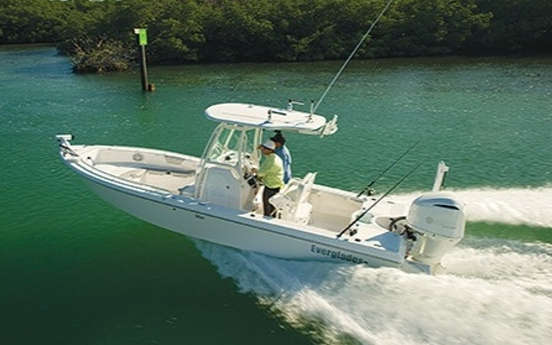 Fort Myers Boat Rental - Everglades Boats 243cc
