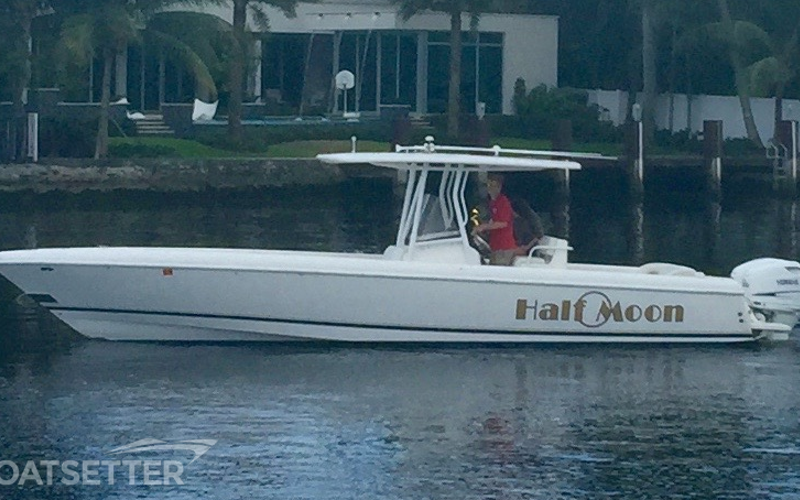 Fort Lauderdale Boat Rental - Half Moon