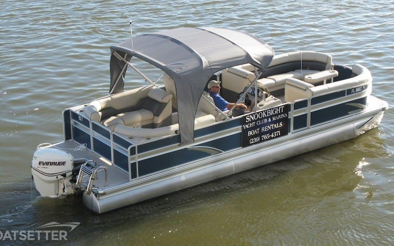 Fort Myers Beach Boat Rental - 25ft Premier Tritoon