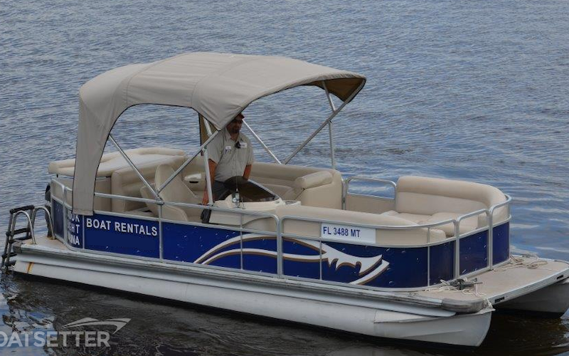 Fort Myers Beach Boat Rental - 21ft Premier Pontoon