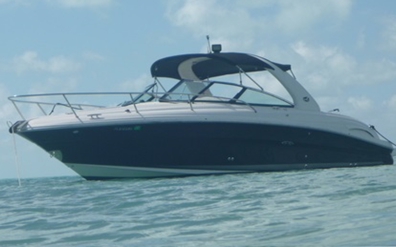 North Miami Beach Boat Rental - SunSport 290