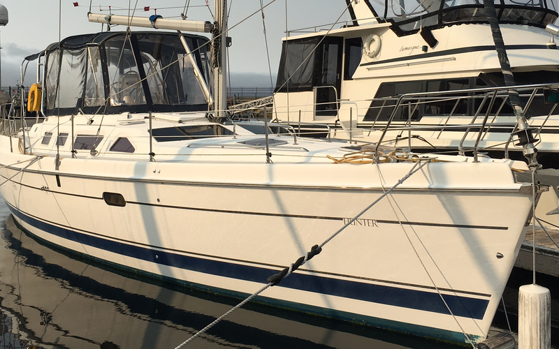 Monterey Boat Rental - Forever Young