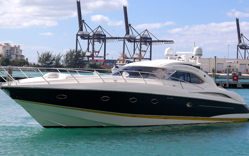 Miami Beach Boat Rental - SERIOUS COIN
