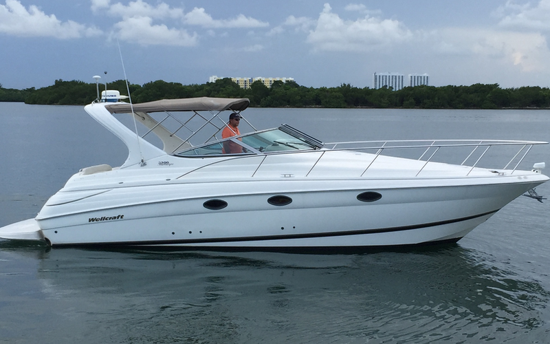 North Miami Beach Boat Rental - Naturi